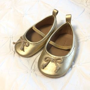 Baby girls Gold flats
